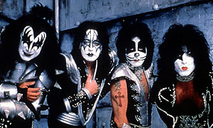 Biography of kiss