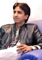 Kumar Vishwas poet