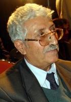 عبد العزيز المقالح poet